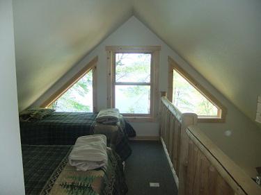 Cabin11_Loft